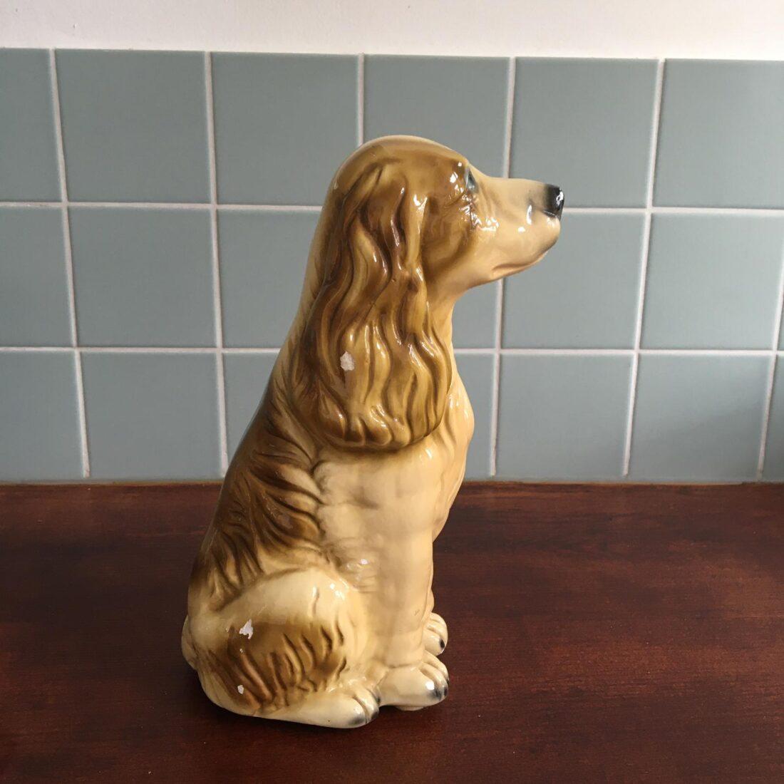 Vintage hond keramiek lichtbruin