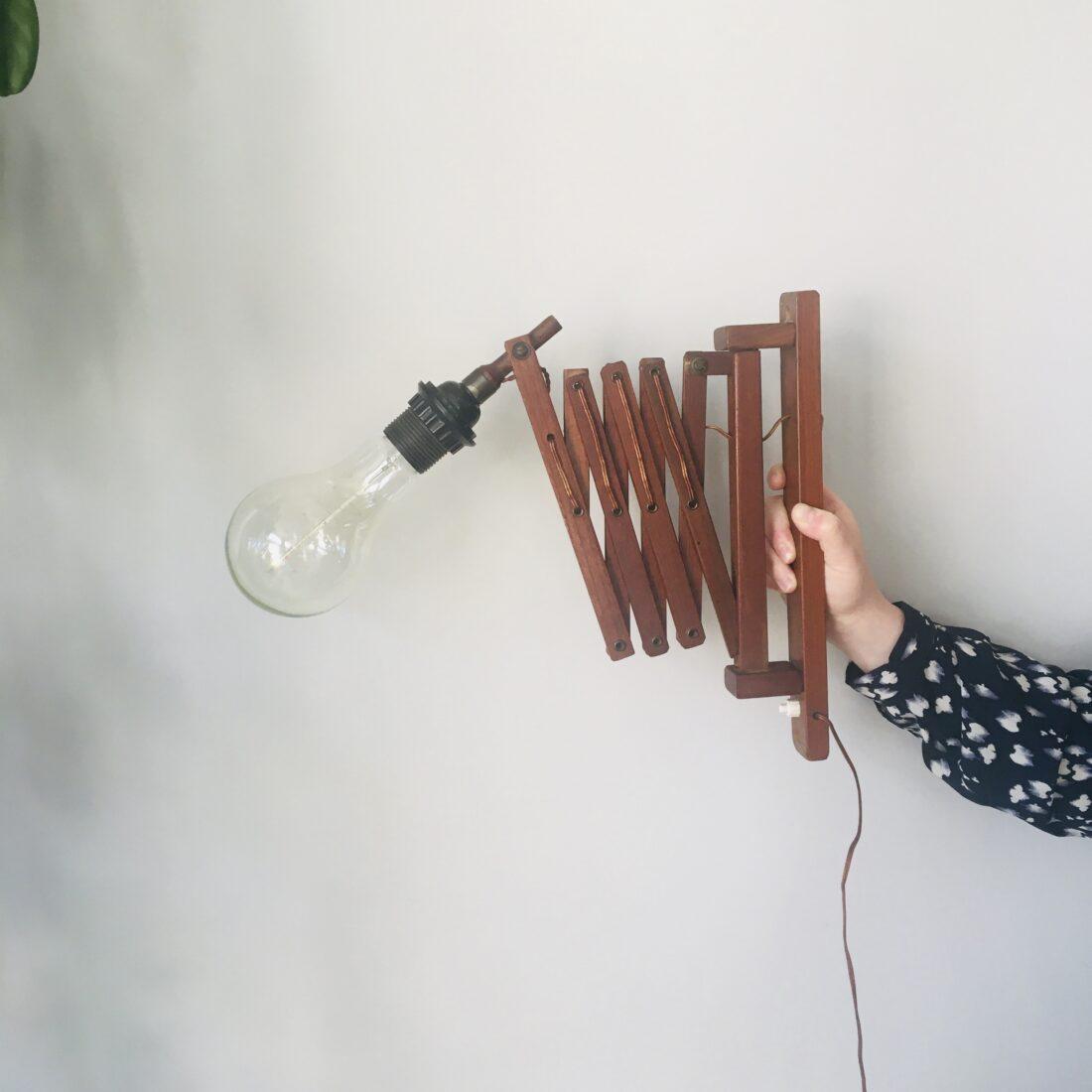 Vintage schaar wandlamp